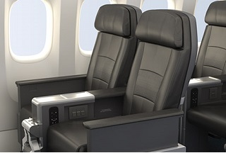 787-dreamliner-main-cabin-3