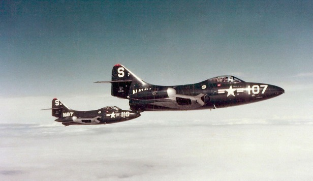 F9F-2_Panthers_VF-51_over_Korea_1951