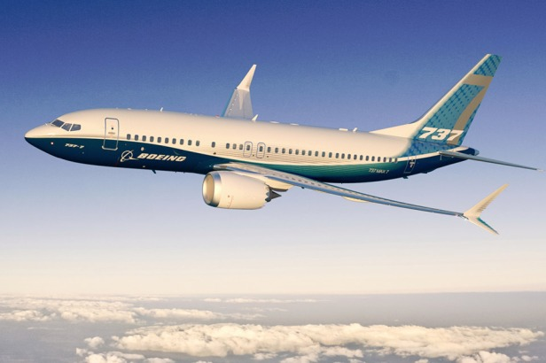 Boeing_737MAX7_737_MAX_7_in_flight_wing_tip_engine_side_view-full-3