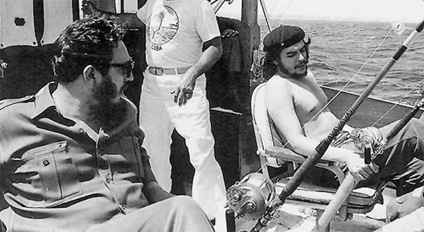 fidel_castro_and_che_guevara_marlin_fishing_off_the_coast_of_cuba_in_1960