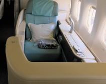 Korean Air 777-300 Kosmo Suite