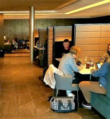 Polaris lounges are the only U.S. lounges with a la carte dining facilities for business class passengers